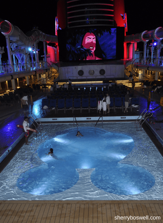 Disney Cruise advice | On the Disney Fantasy, don't dive into the Disney Fantasy pools