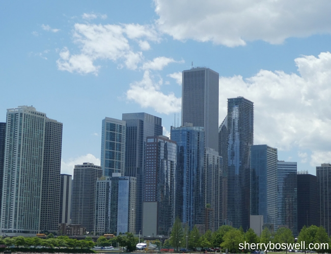 Chicago with Kids Teens and Tweens | Chicago is calling and we must go, right Ferris? Great view of the skyline!
