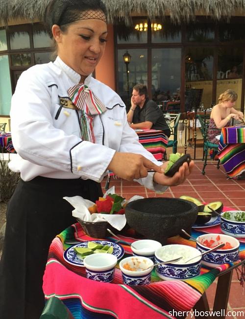 Puerto Vallarta Resort | Viva Mexico at Grand Palladium Vallarta has a killer tableside guacamole!