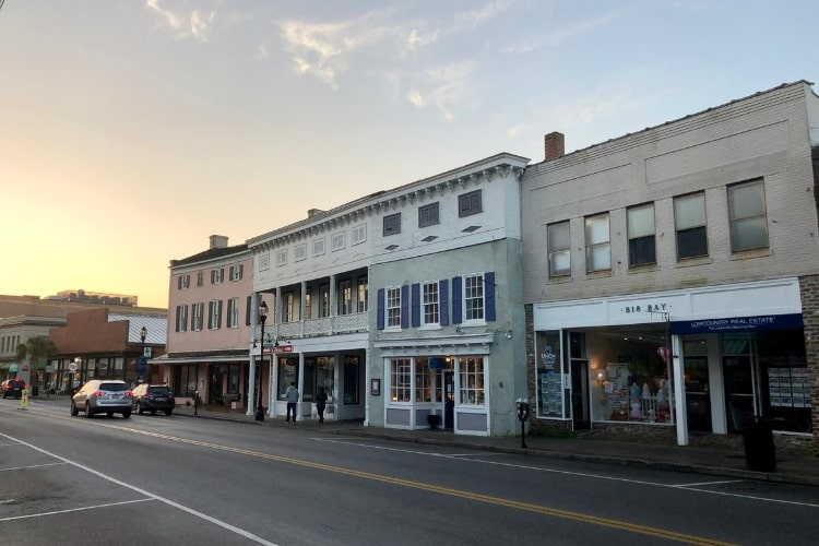 24 hours in blissful Beaufort, SC may mean spending lots of time downtown on Bay Street.