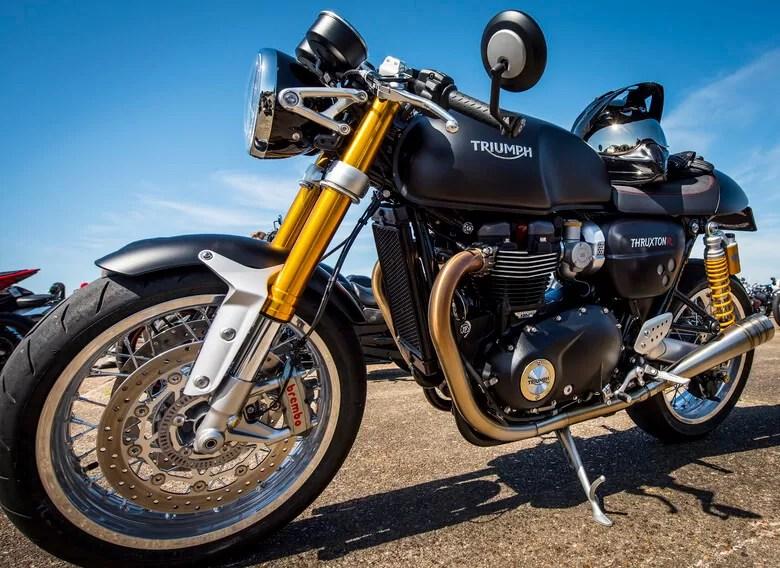comment choisir sa moto en fonction de sa taille choisir sa moto roadster quelle moto choisir pour le duo choisir sa moto custom commencer la moto type de moto moto trail debutant moto ideale