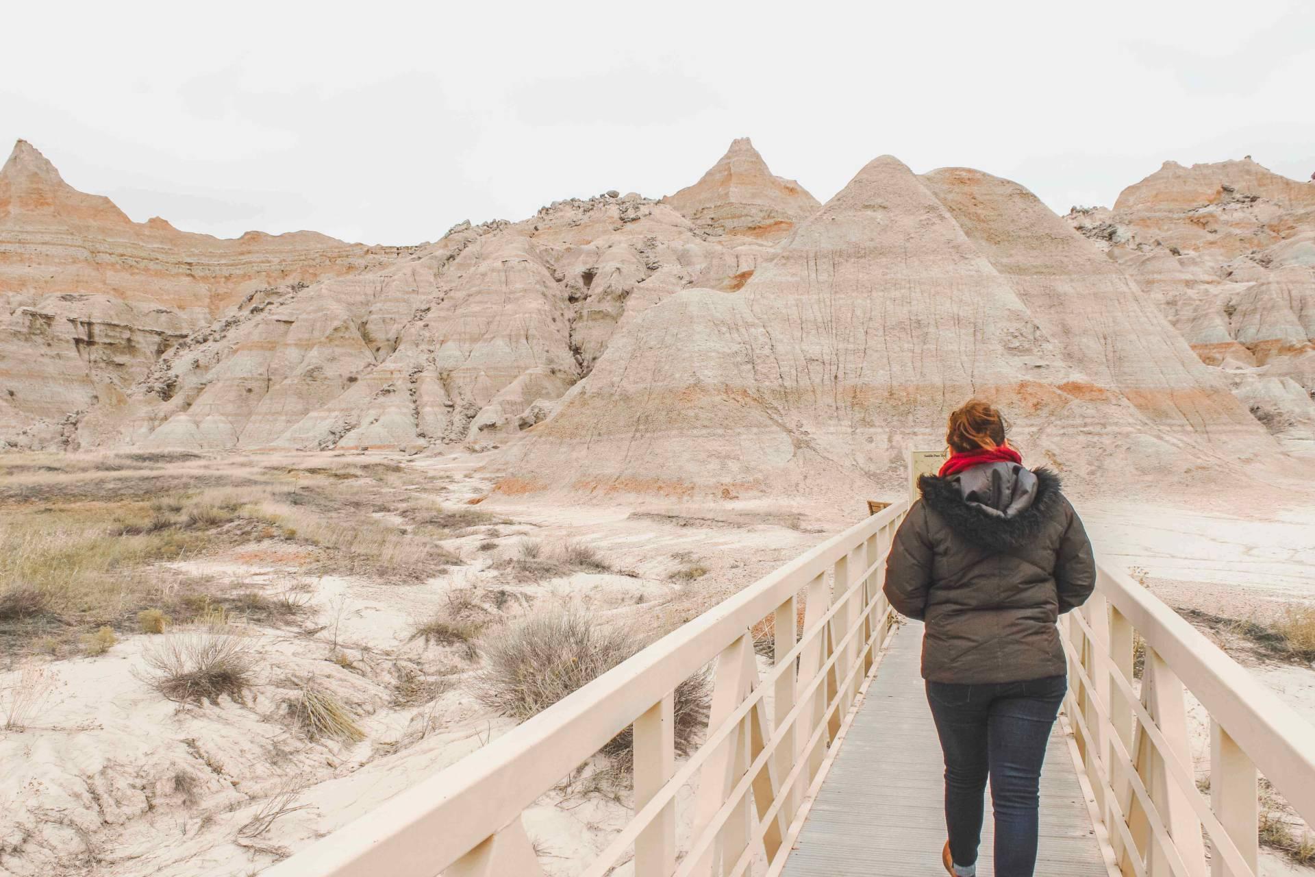 reasons to visit Badlands national park south dakota