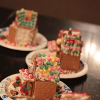 Guest Post: She's Crafty … Fun with the Kids! Mini Gingerbread Houses