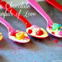 Chocolate Dipped Spoons | Perfect for Valentine's Day