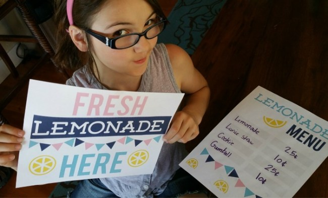 This fun and FREE Lemonade Stand printable is perfect for the kids to set up a day of fun selling lemonade!
