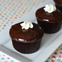 Chocolate Cream Cupcakes AKA Copycat Ding Dong Recipe