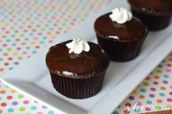Chocolate Cream Cupcakes Recipe