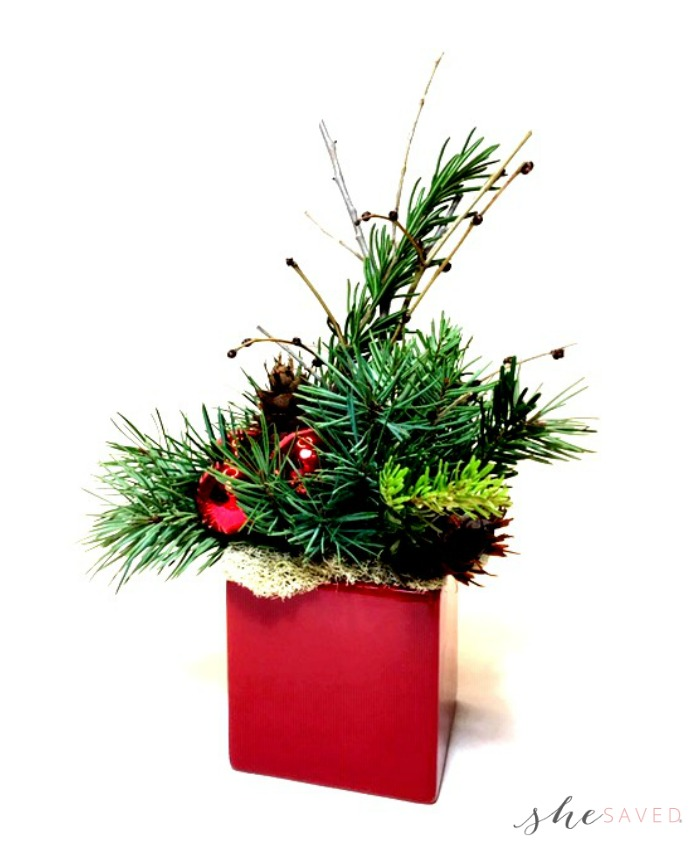 simple holiday arrangements