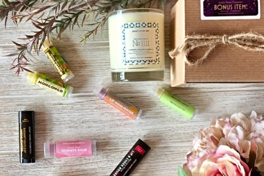 Jersey Shore Cosmetics Box - best subscription boxes - cruelty-free beauty box subscriptions - vegan beauty box - vegan subscription box - unboxing subscription box review | shesbabely.com