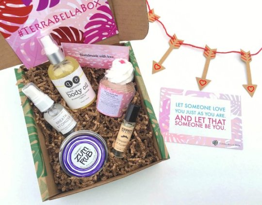 Terrabellabox - best subscription boxes - cruelty-free beauty box subscriptions - vegan beauty box - vegan subscription box - unboxing subscription box review | shesbabely.com
