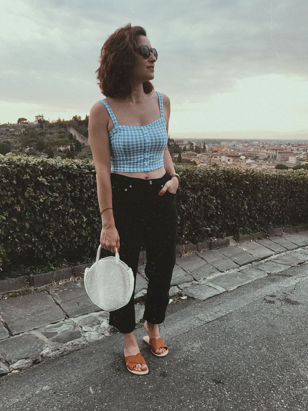My Italian trip and how to dress for a hot summer in Tuscany   Gingham crop top   Round crochet bag   Effortless chic Italian style   Romantic look   Chic look   Summer outfit inspiration   Straw bag   Raffia bag   She talks Glam   Saida Antolin   Spanish Blogger   Italian Fashion