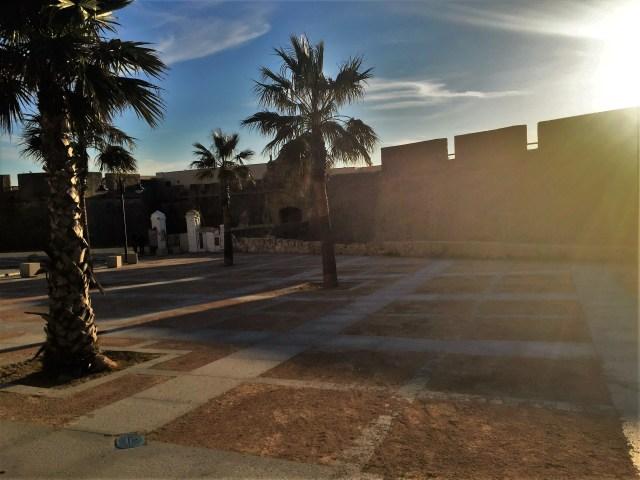 < Castillo de Santa Catalina >