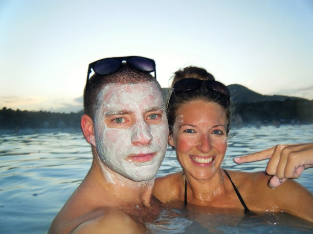 < Mud masks in the Blue Lagoon, Iceland >