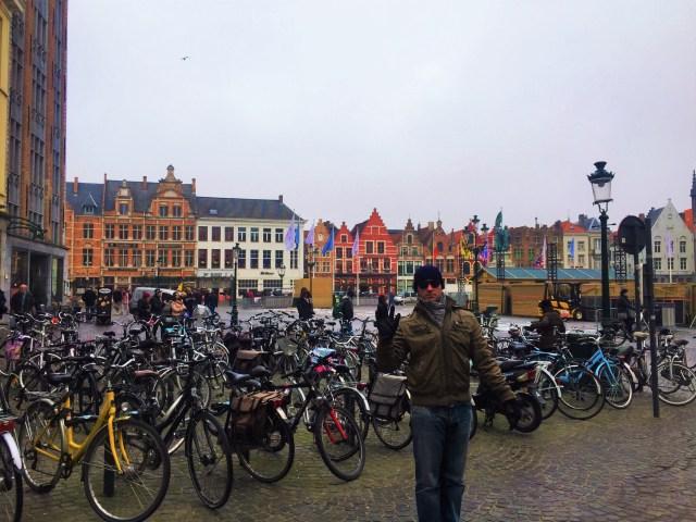 < Markt Square >