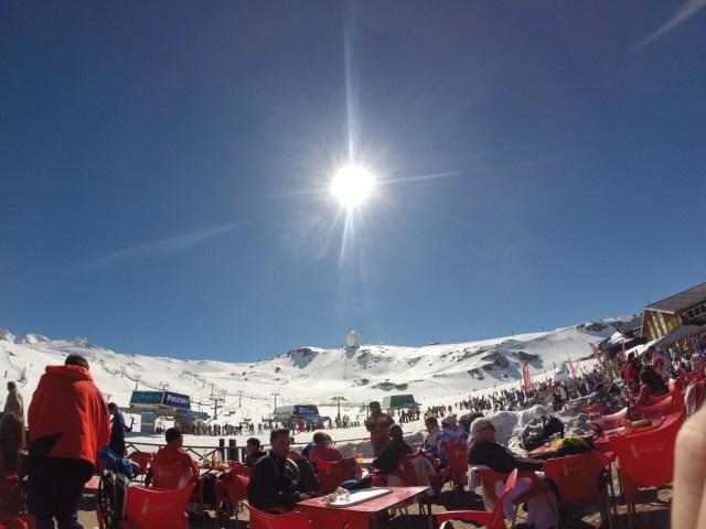 < Sierra Nevada mountain in March >