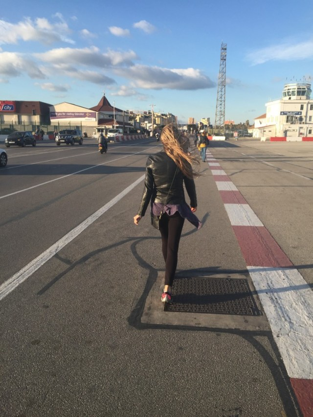 <Gibraltar: Walking to Spain>
