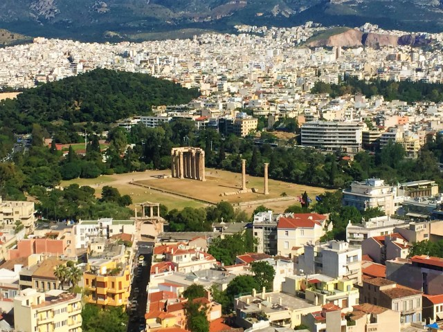 <Athens Temple of the Olympian Zeus>