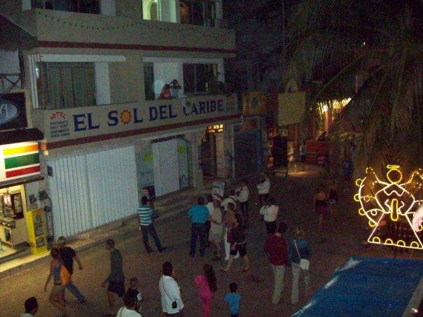 < Playa del Carmen's La Quinta >