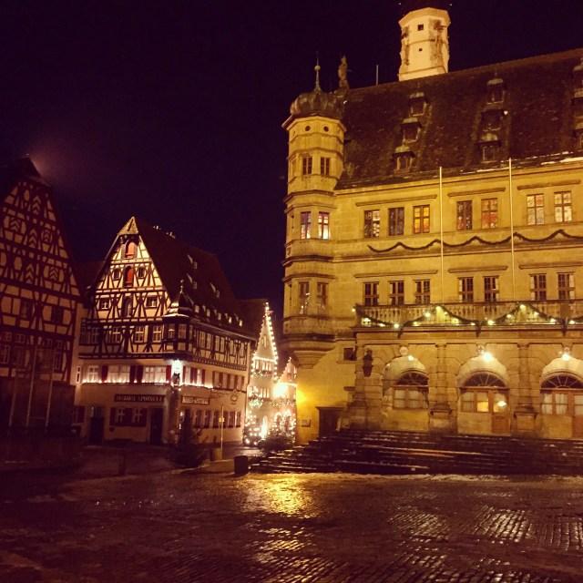< Adorable Rothenburg >