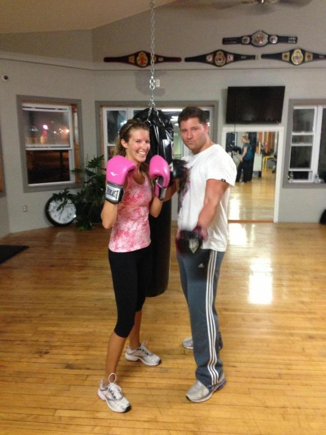< Kickboxing >