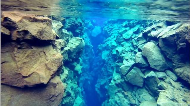 Snorkeling Silfra