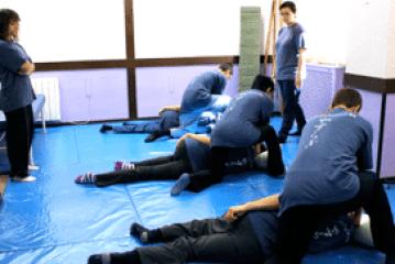 shiatsu-escuela-yasuragi-shiatsu-en-tatami-shiatsu-escuela