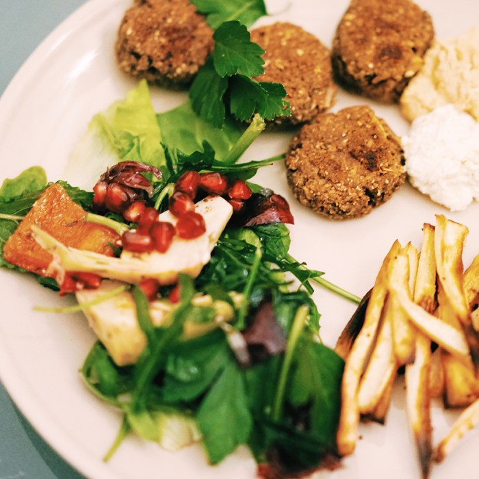 Parsnip Fries, Almond-Falafel, Hummus & Salad