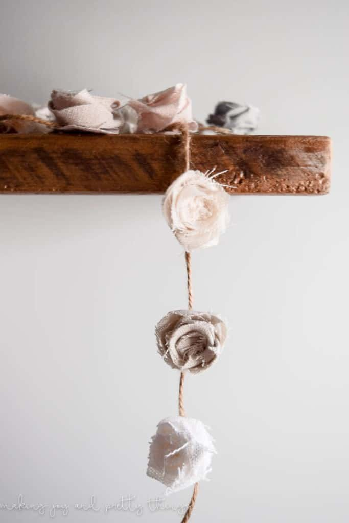Crafts to Make and Sell - Fabric Flower Garland