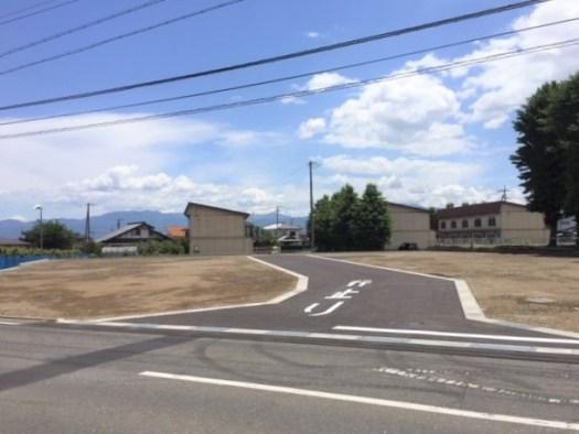 分譲地内の開発道路 R1.6.18撮影