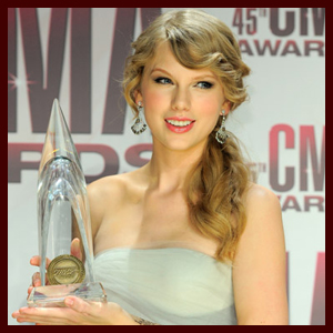 Taylor Swift Crowned CMA Entertainer of the Year Again