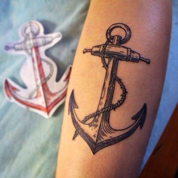 tatuaggio ancora classico