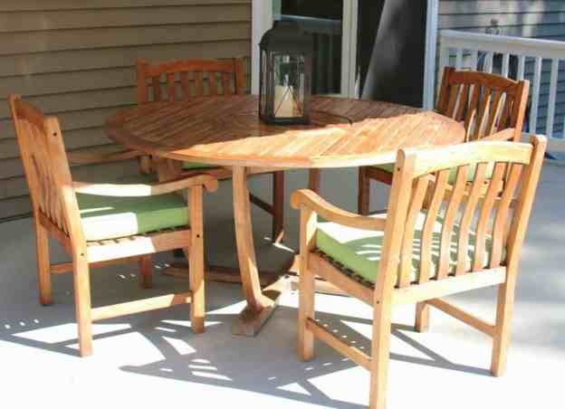 Cleaning Sealing Outdoor Teak Furniture Shine Your Ligh