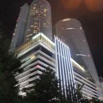 名古屋マリオットアソシアホテル外観。左側のタワーの 44 階に泊まりました。