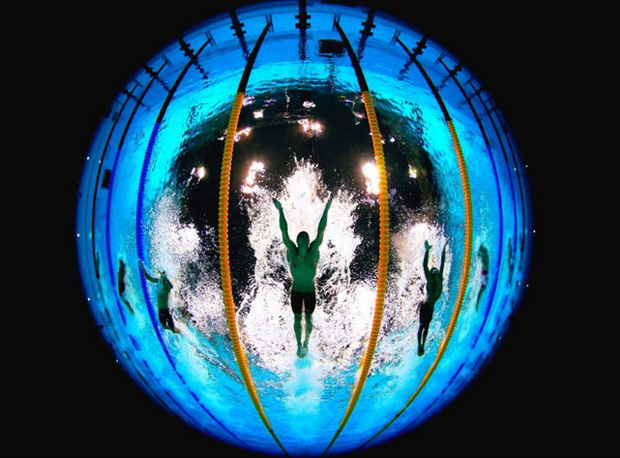 London 2012 This Pool Camera Tweets Underwater Photos From The Olympics