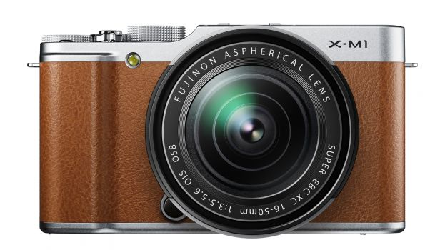 X-M1_Brown_Front_16-50mm-623-80