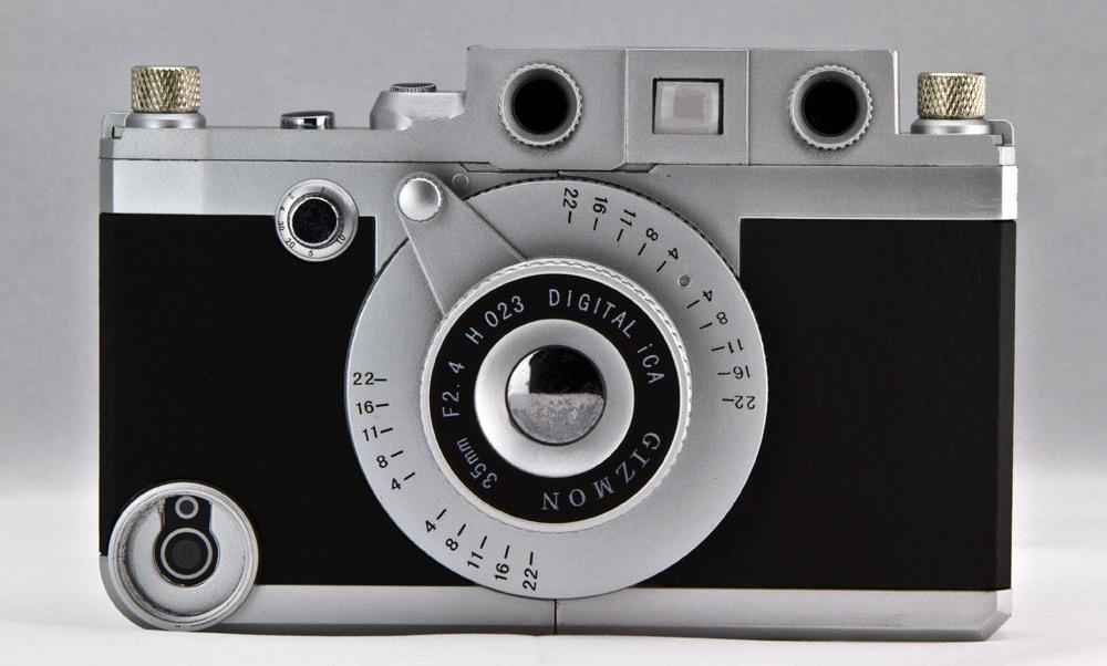 Vintage-camera-iPhone-case