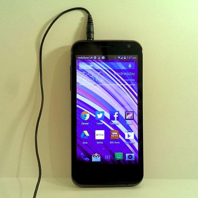 Vodafone Smart 4 handset