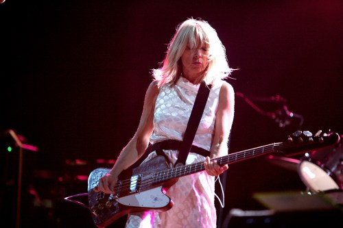 Image-Rock_en_Seine_2007,_Kim_Gordon_(Sonic_Youth)_2