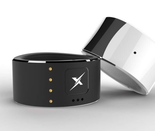 Christmas Gift Guide Wearable Tech And Stylish Gadgets