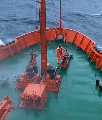 seafarers are keyworkers who make the world work and seafarers deserve our support