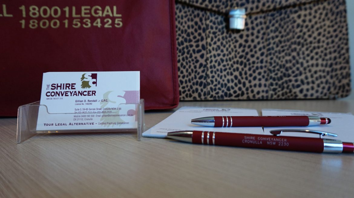 Shire Conveyancer Pen at Table