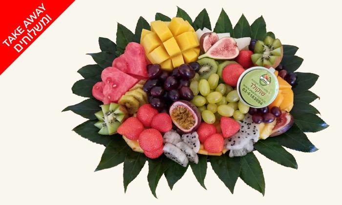 מגש פירות - מתנות לגבר עד הבית