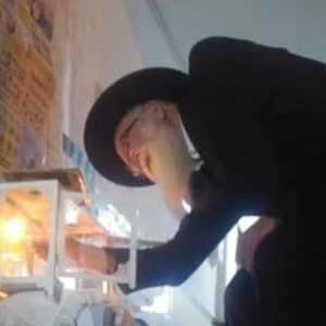 סיור חנוכיות ברובע היהודי