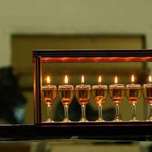 סיור חנוכיות חגיגי בירושלים