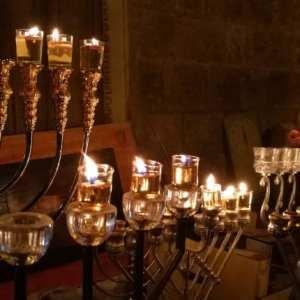 סיור חנוכיות מנגן בירושלים