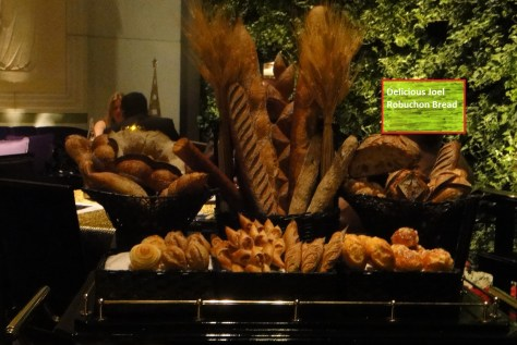 Joel Robuchon - Bread from the top of the cart