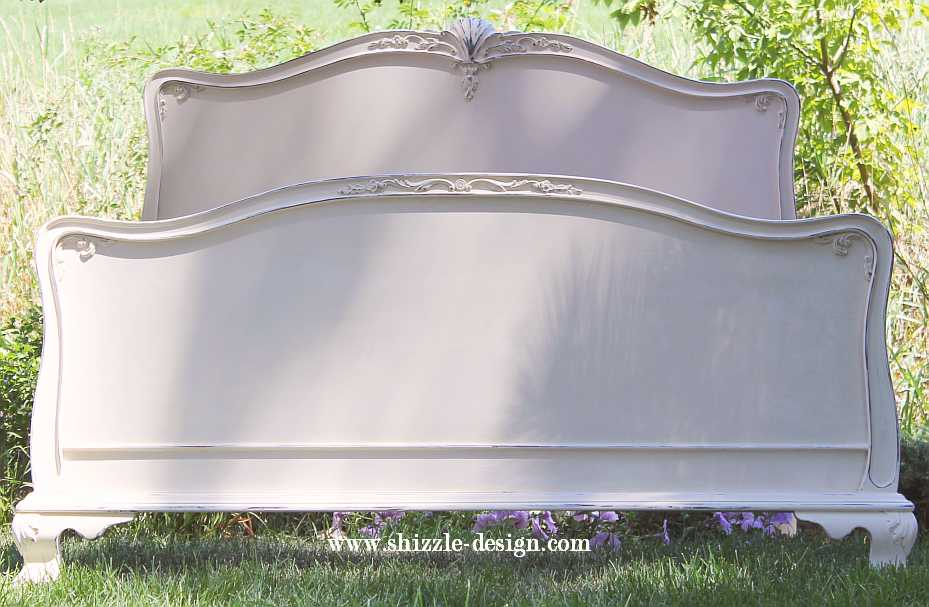 18 Aug Gorgeous Antique Mahogany Bed Painted In Creamy White