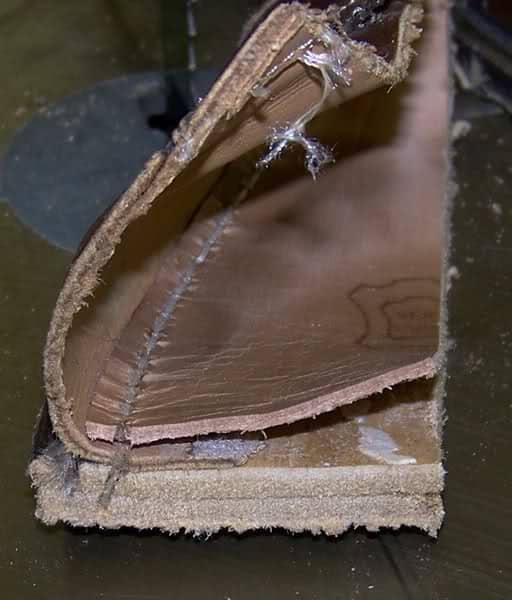 En Blake/Rapid-sydd sko som sågats isär så man ser den i genomskärning. Här är det  Bild: StyleForum/Ron Rider