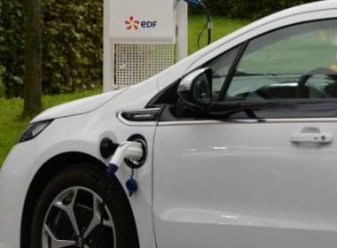 Recharging an electric vehicle