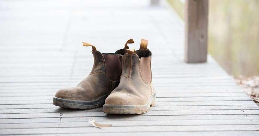 7 Best Waterproof Slip-on Work Boots – Review